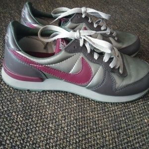 New Vintage! 1980s Mike jogging shoes